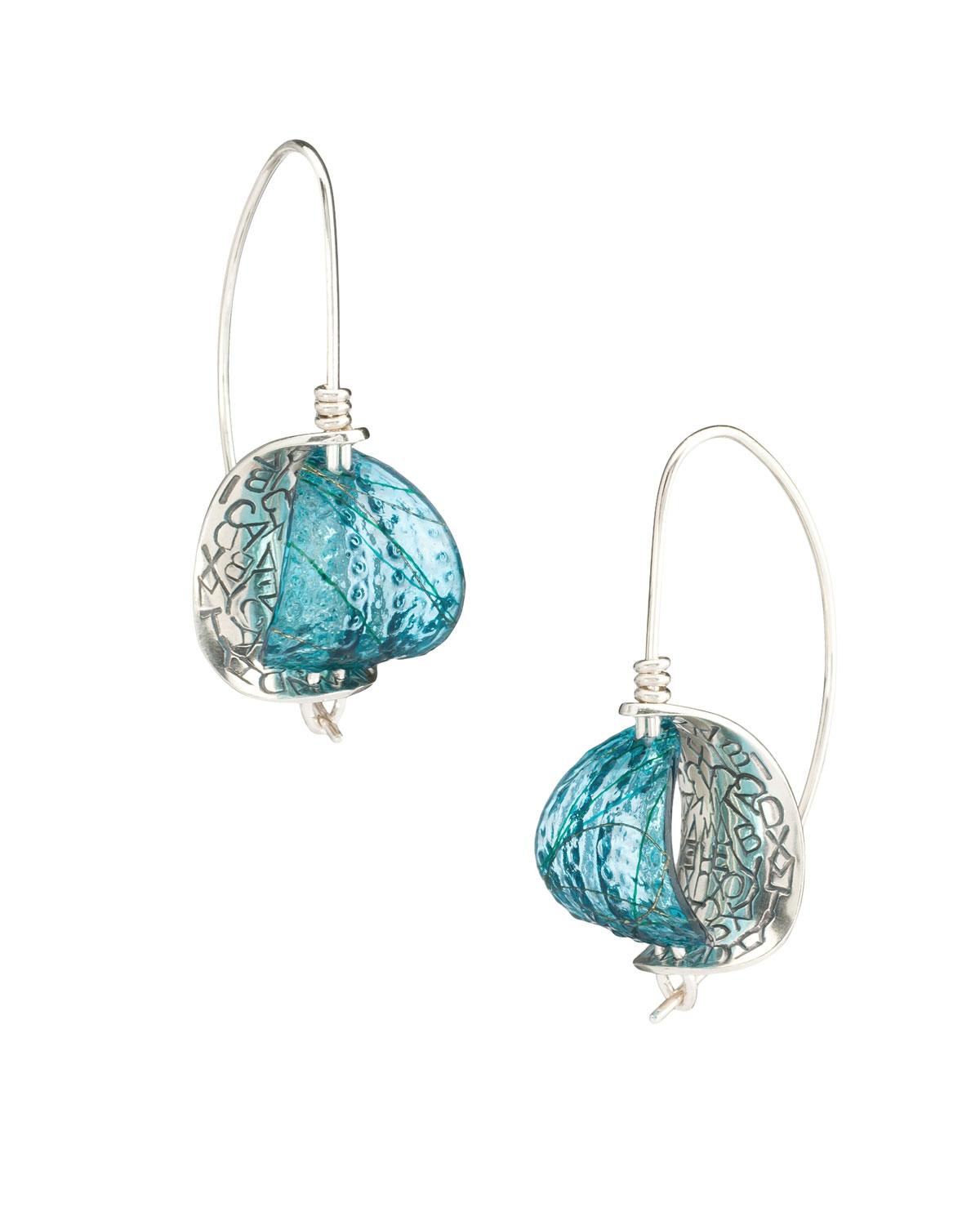 Retroflex - Earrings (small)Silver, dyed resin, thread4.2H x 1.6W x 2.5D cm