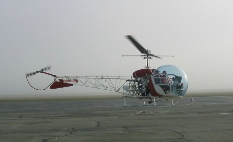 A Bell 47 G helicopter, similar to the G-3B Supercharged helicopter used to build the tramway. Photo-Wikimedia.com