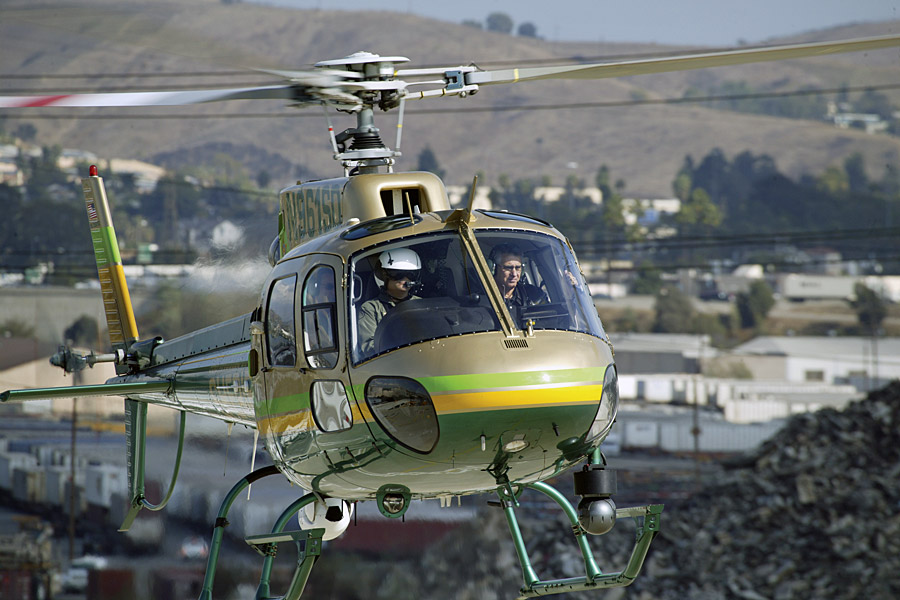 A Los Angeles Sheriff's Department Eurocopter AS350 B2 on patrol