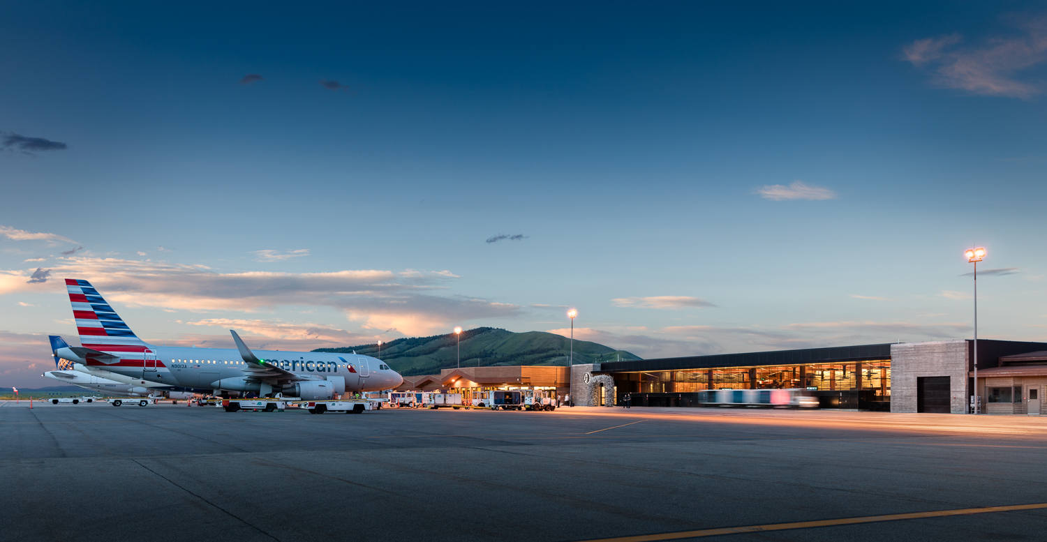Jackson Hole Airport , Wyoming |  Gensler  | 2014 AIA Honor Award for Architecture