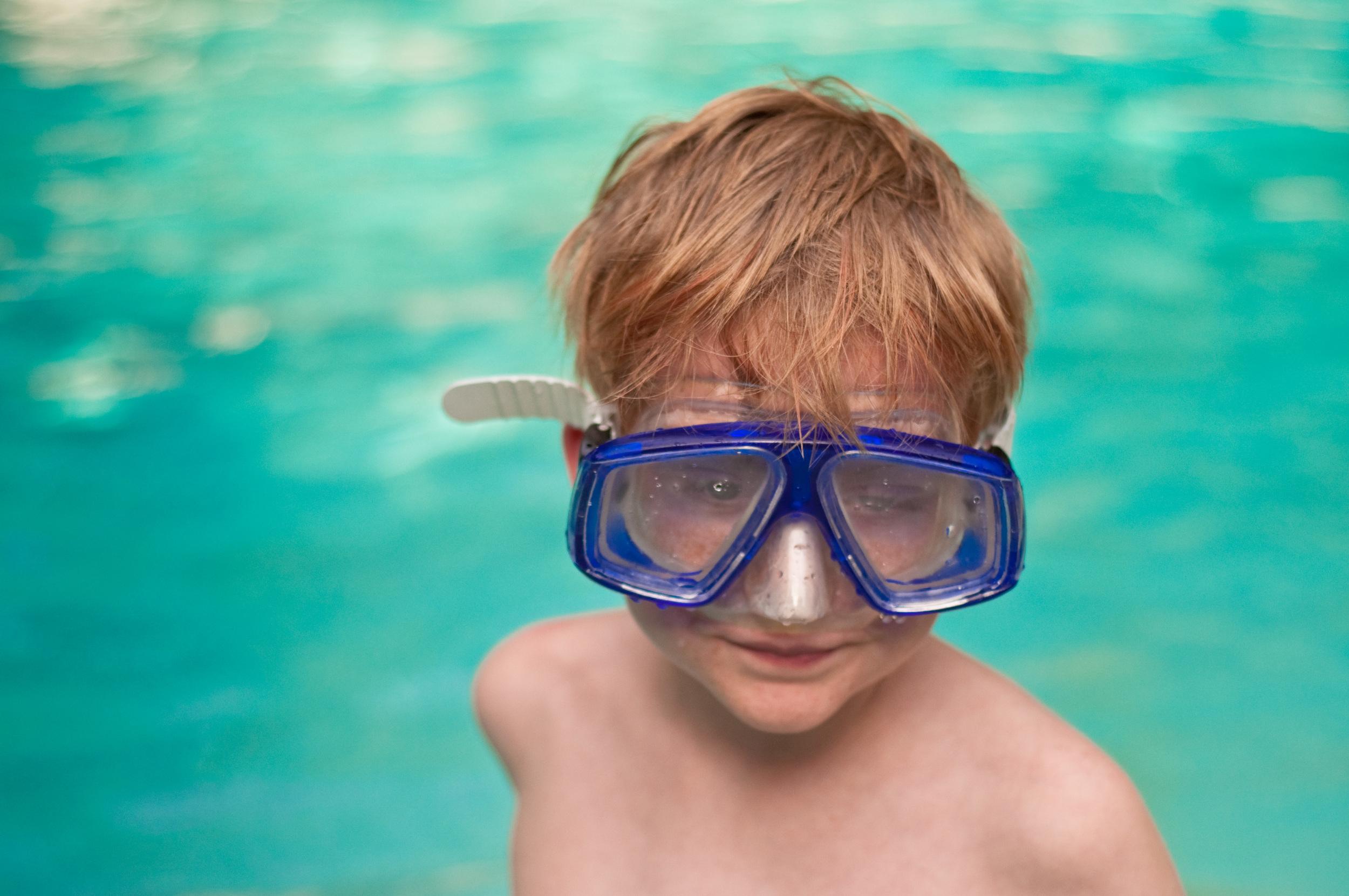 Pool side  - Nikon D90, Nikkor 50mm, ISO 250, f/2.5, 1/1600 sec