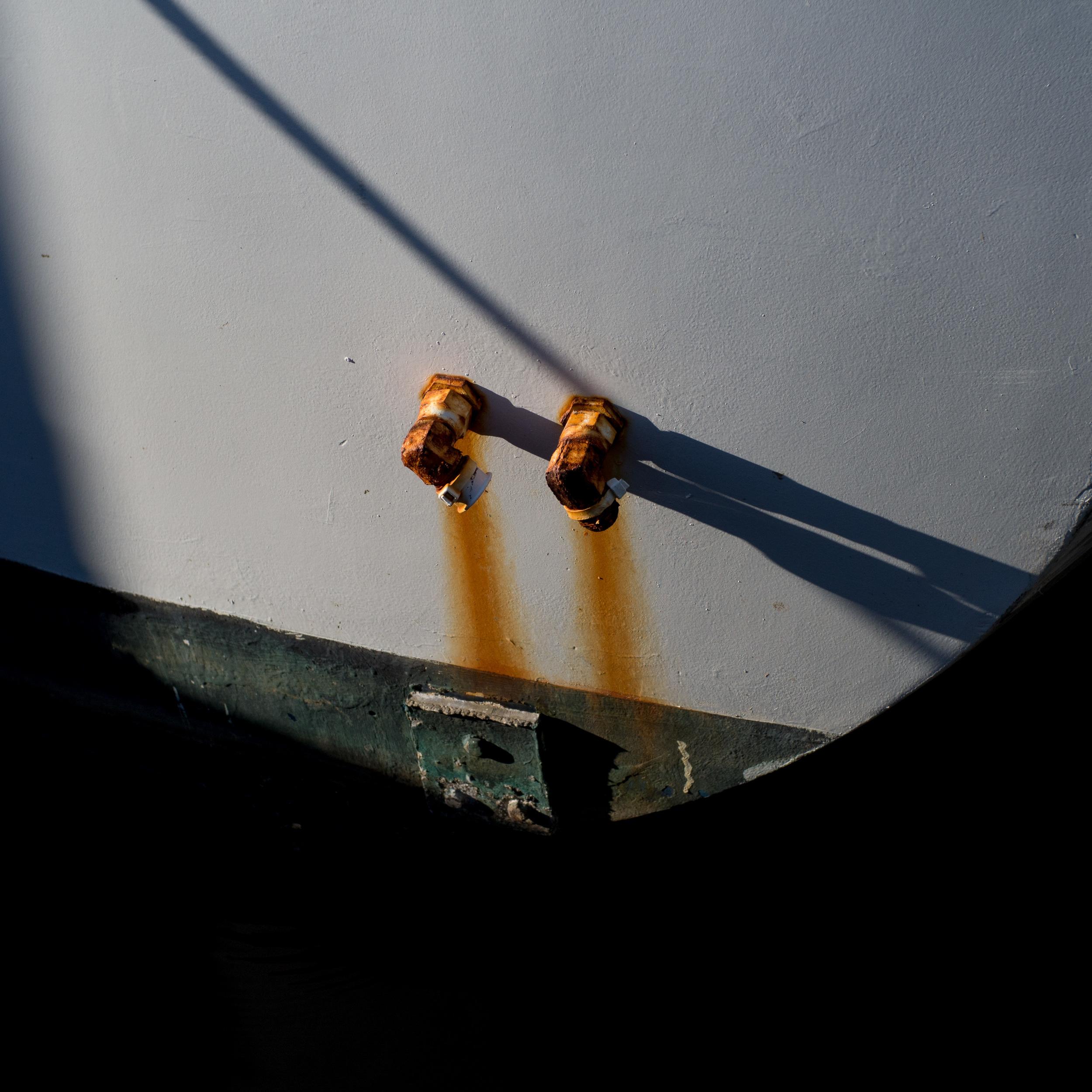 Rust - Olympus OM-D, Voigtlander Nokton 35mm - ISO 400, f/4.0, 1/2000sec