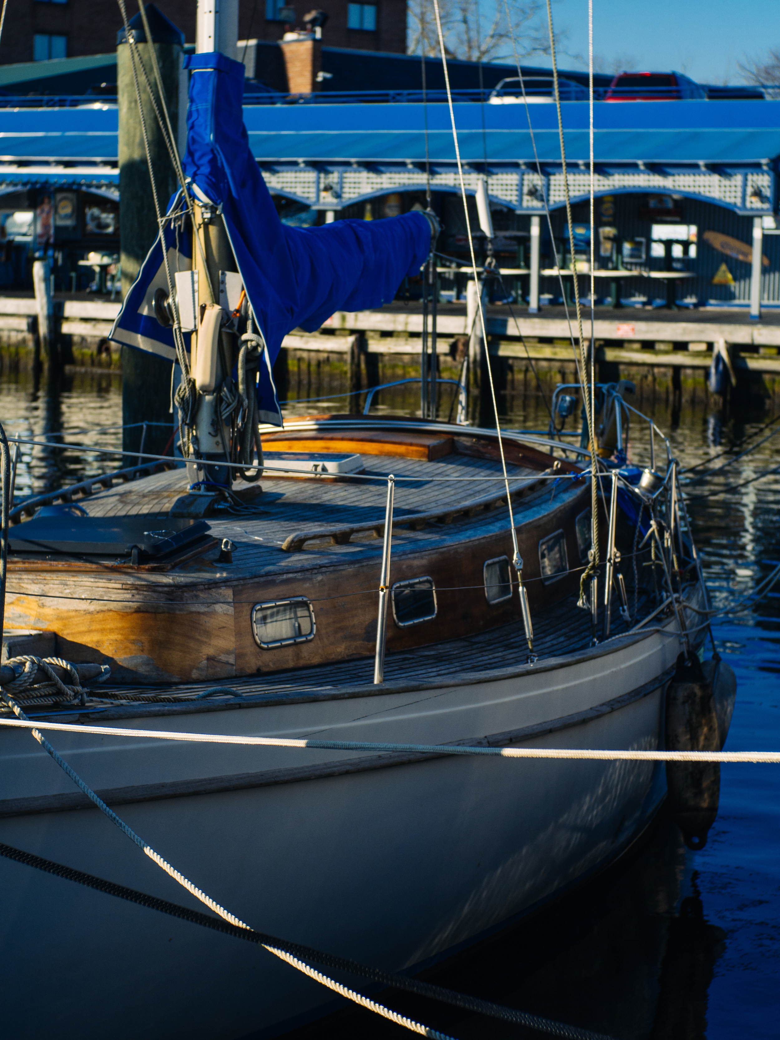 Docked - Olympus OM-D, Voigtlander Nokton 35mm - ISO 200, f/4.0, 1/2500sec