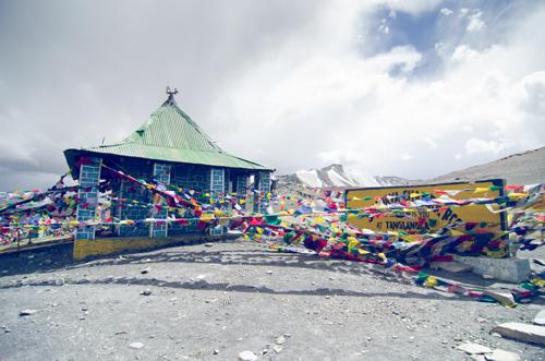 Small temple at Taglang La