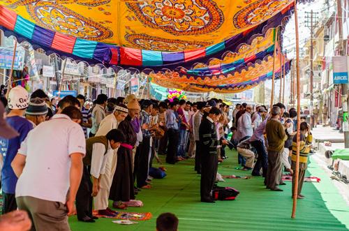 Final day of Ramadan on Main Bazaar