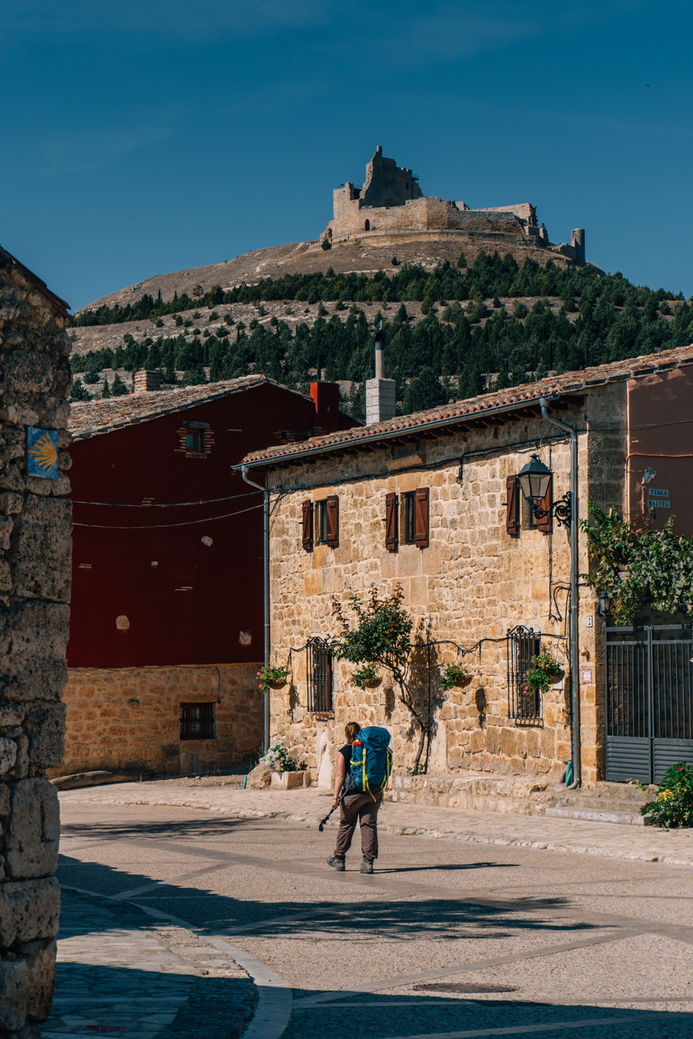 Coming into Castrojeriz with the guiding symbol of the scallop shell always present