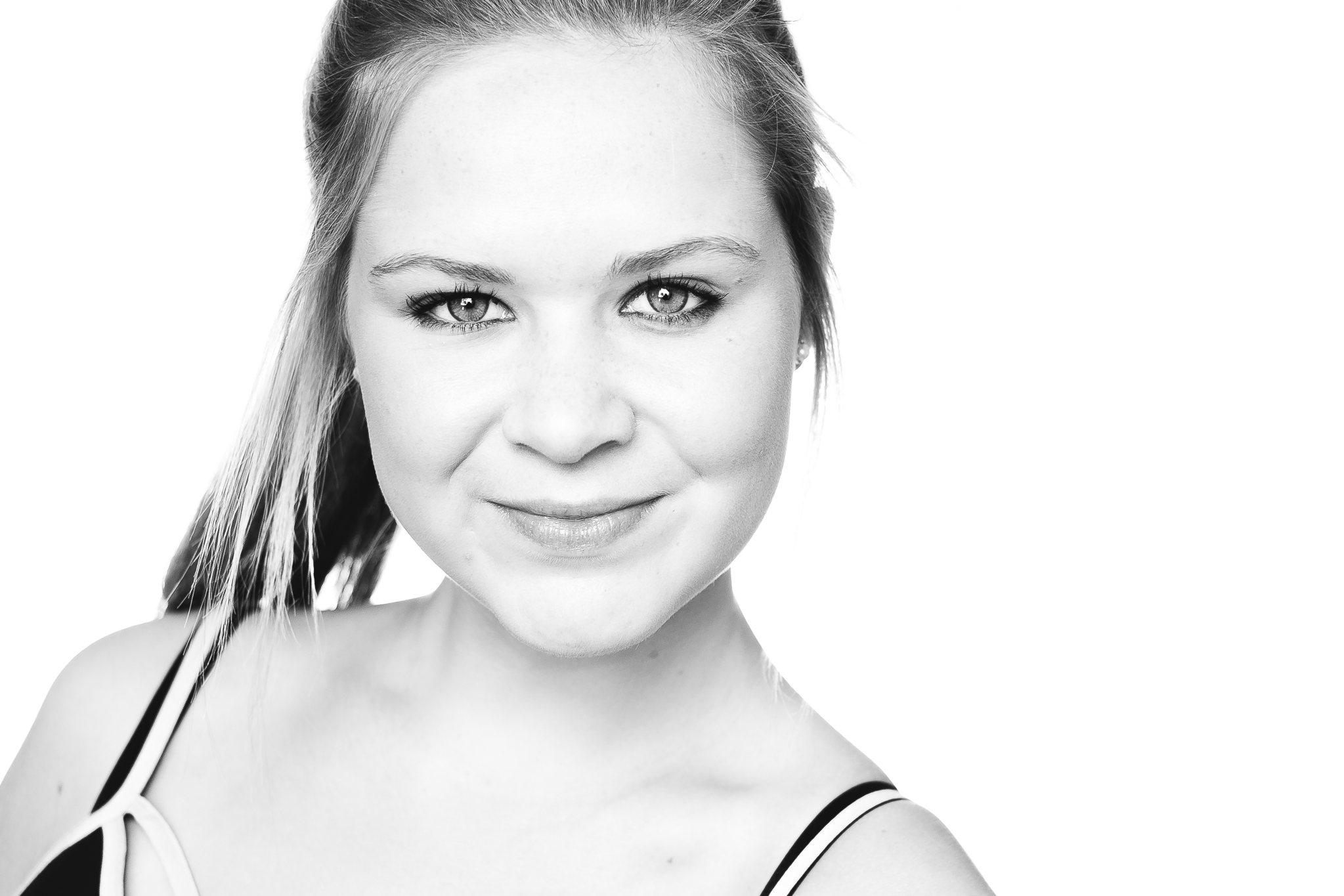 A headshot session for Sophie by professional headshot photographer andre goosen for Boem Headshots in adelaide