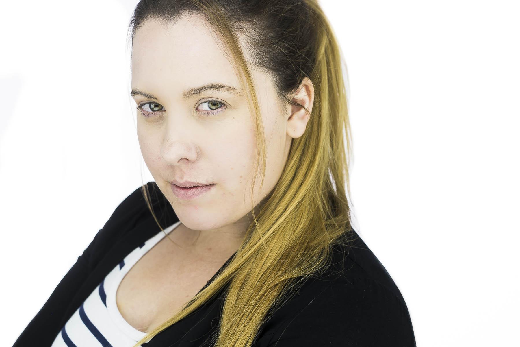 Rachel-a-headshot-session-adelaide-30 (2).jpg