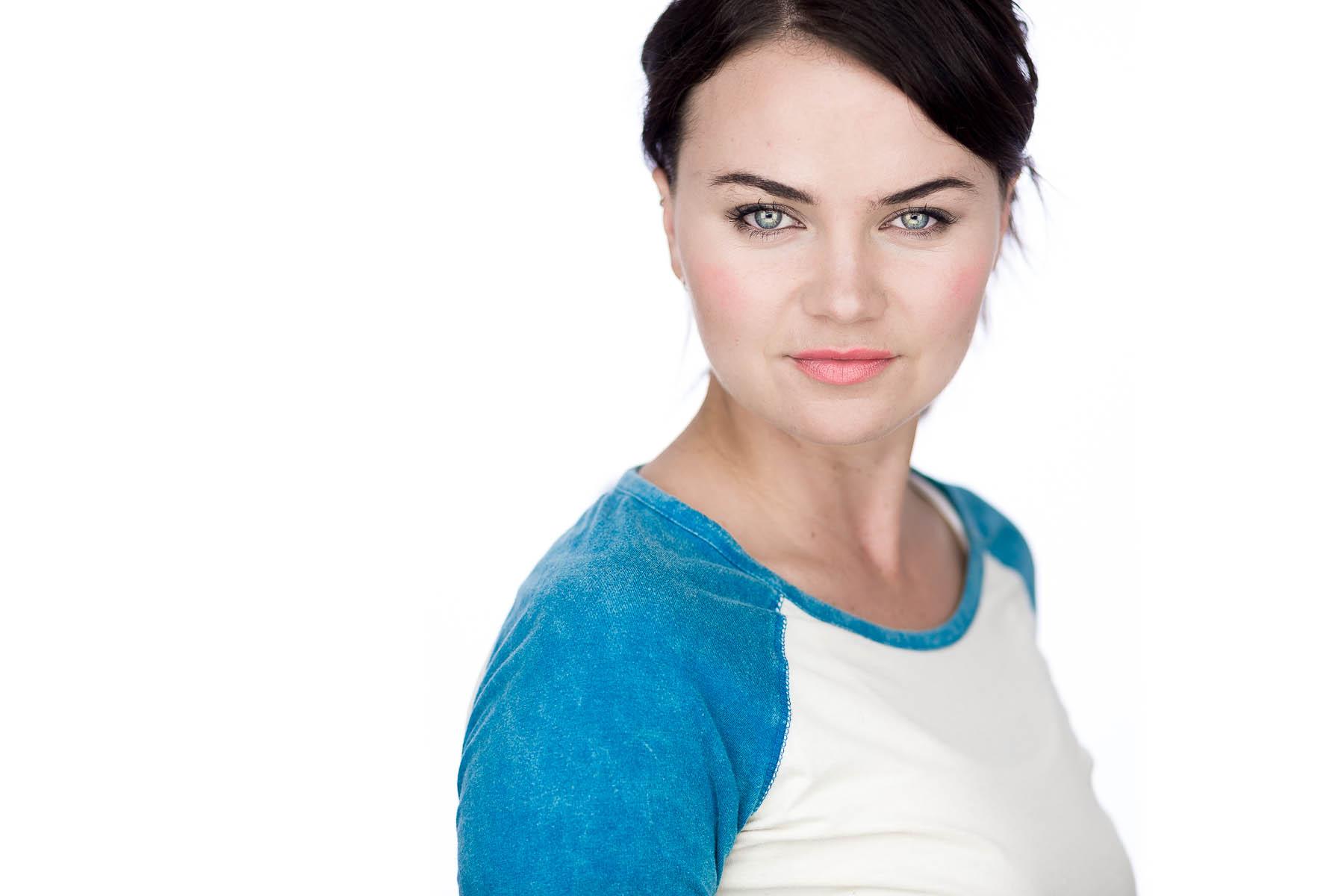 ella-actor-headshots-adelaide-17.jpg