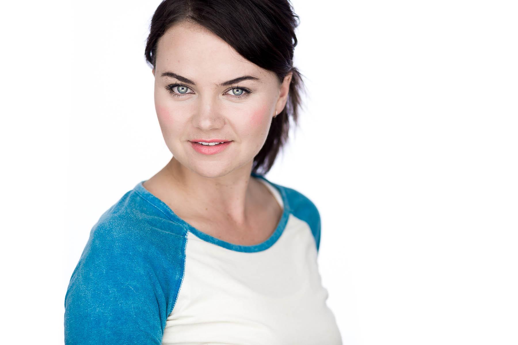ella-actor-headshots-adelaide-23.jpg