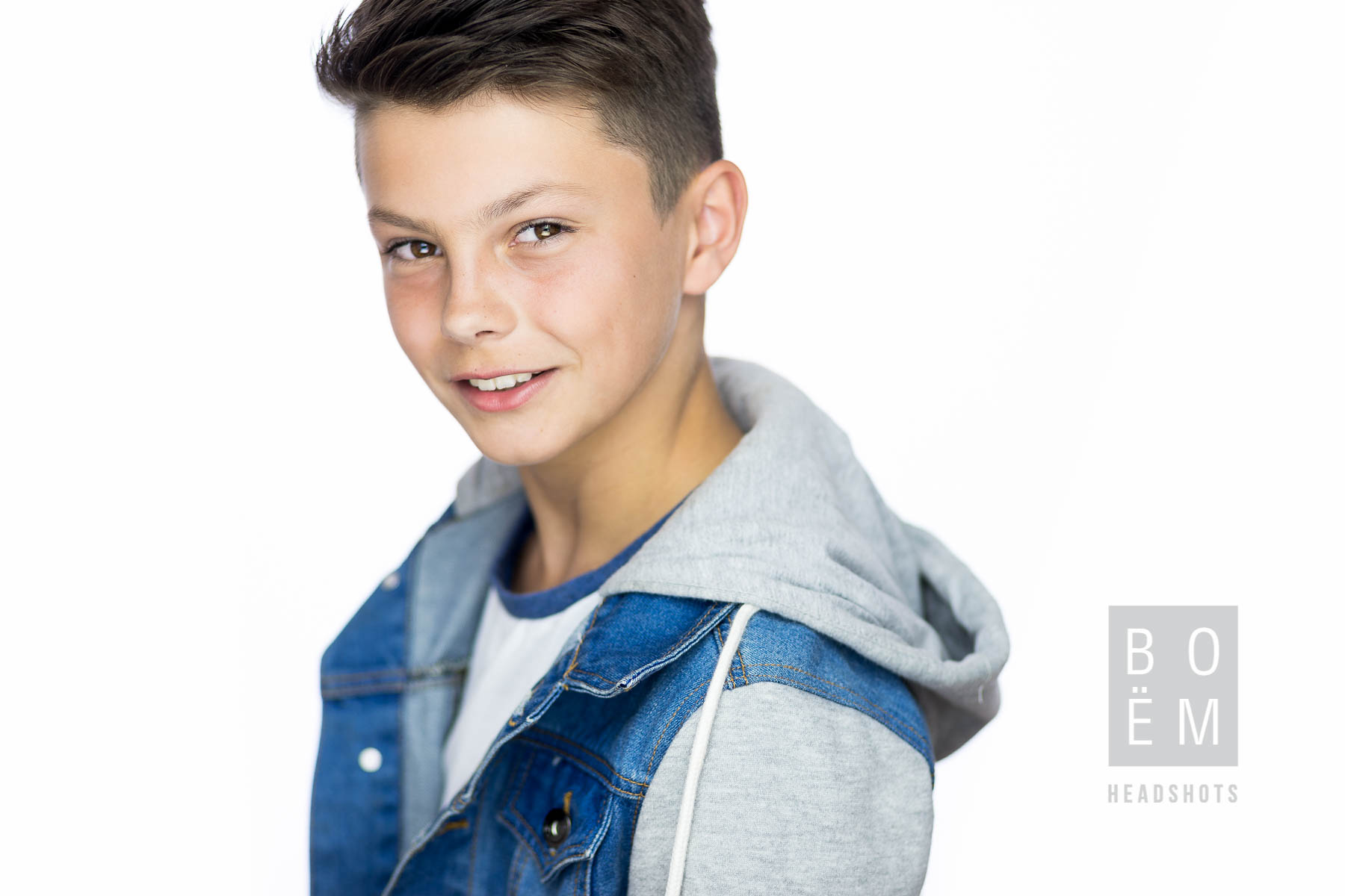 A preview of my session with the highly talented young actor Harry. We had the pleasure of having this young man in the studio today and he did a fantastic job with his new headshots for acting and dance. More to come!