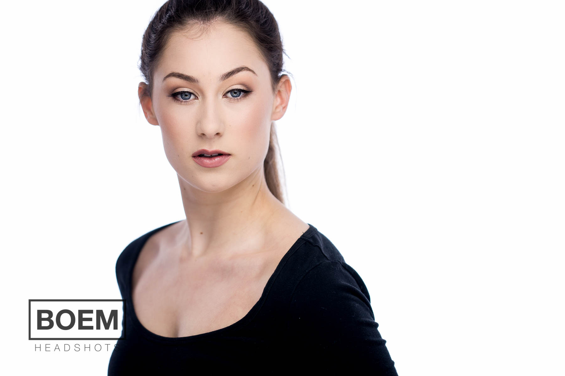 Vanessa came to see us to update her headshots for dancing and modeling roles she was applying and auditioning for. We had a blast in the adelaide studio with her and loved the results, have a look at Vanessa's brand new acting headshots.