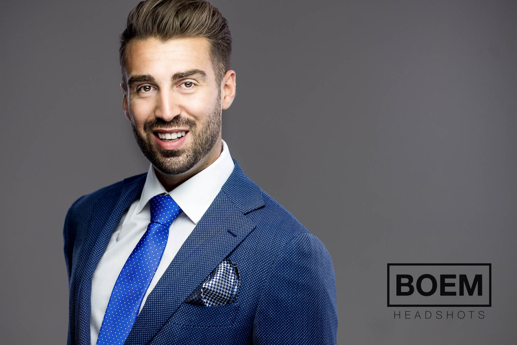 PREVIEW :: DOM :: EXECUTIVE HEADSHOTS