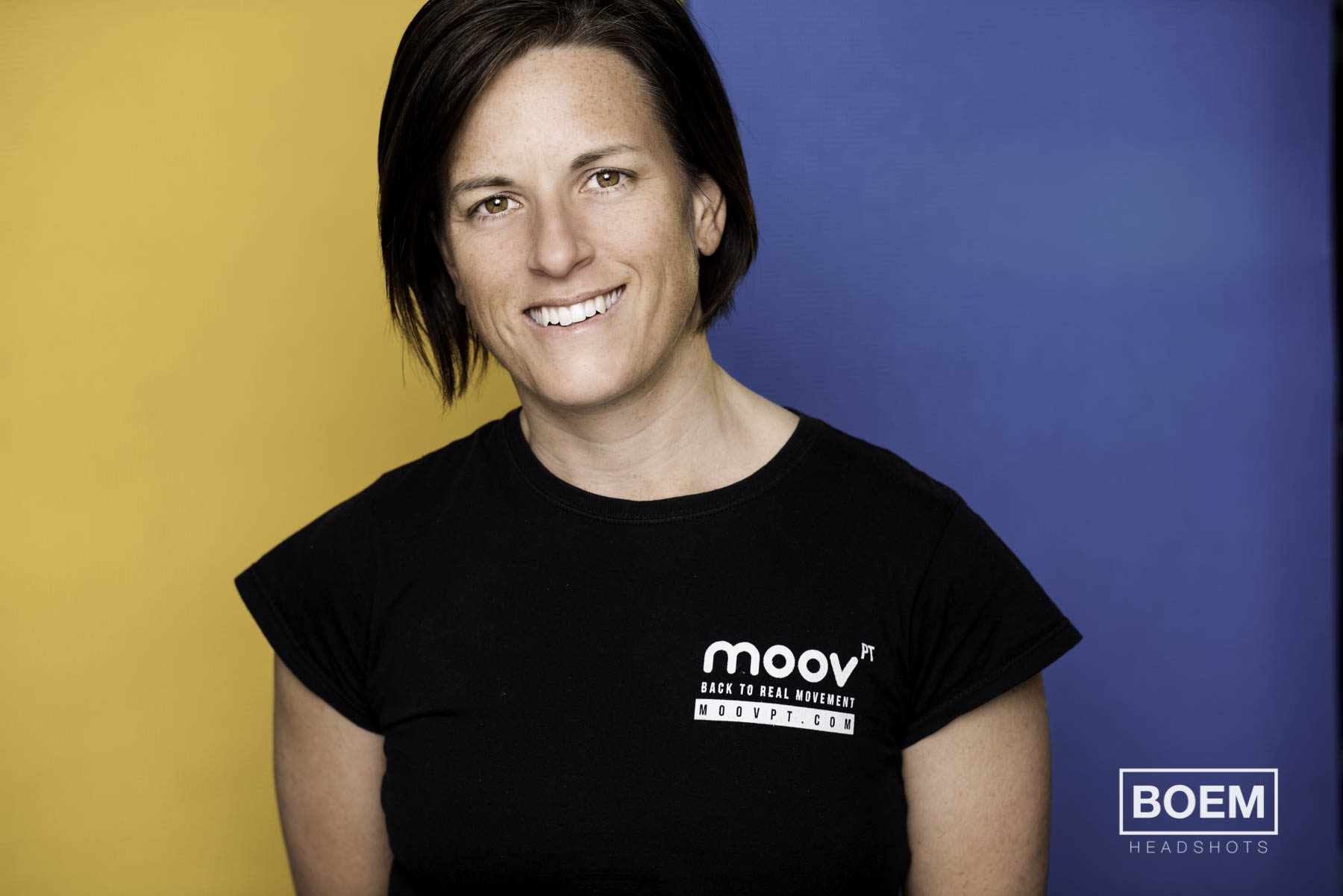 Mary and i have been working together for a long time and i felt it was time we updated her headshots for her personal training business Moov PT. We incorporated her corporate colours in the shot and i'm super happy with this linkedin marketing headshot.