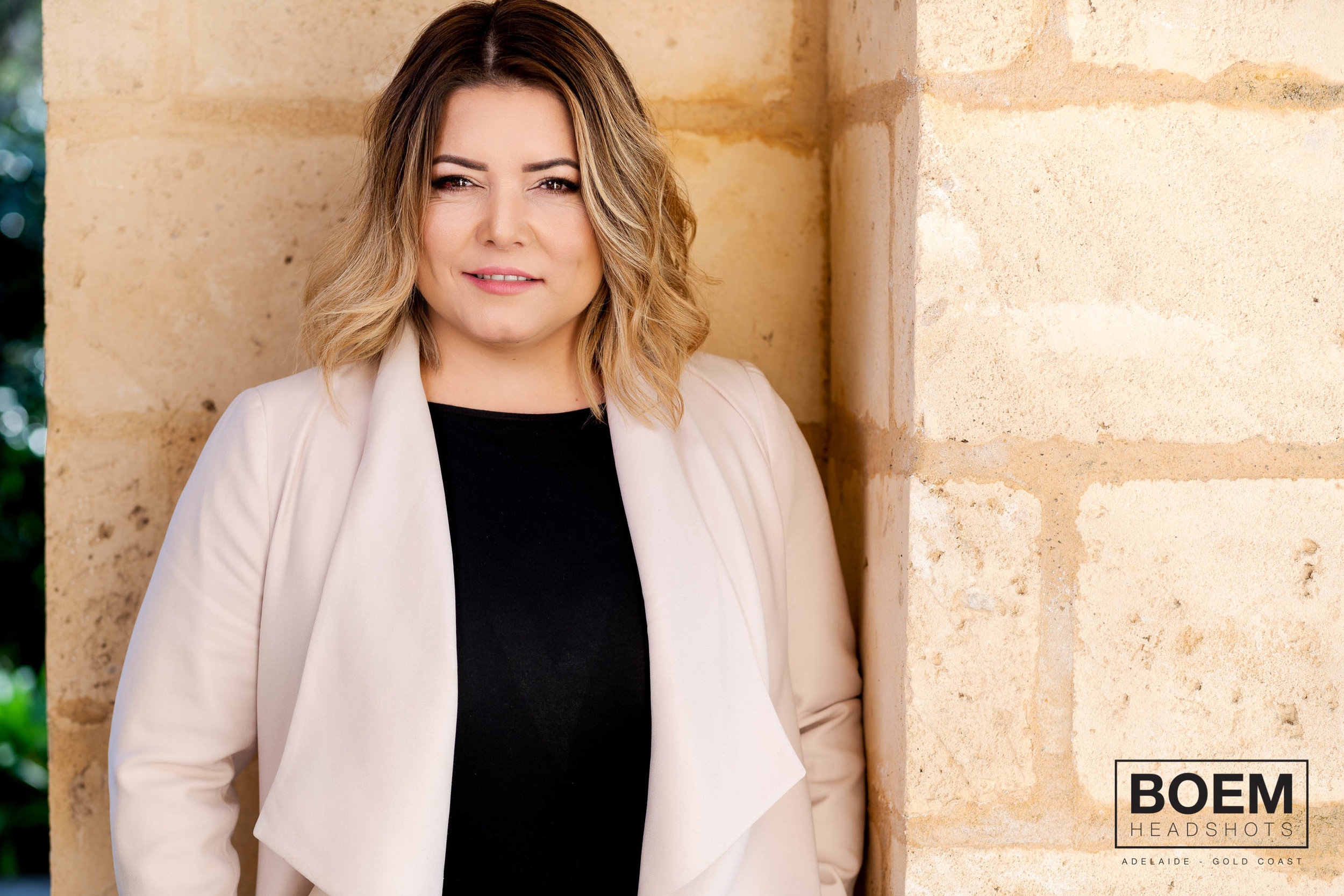Preview :: Julia :: Executive Headshots :: Adelaide