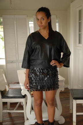 Leather T with faux leather dot pencil mini