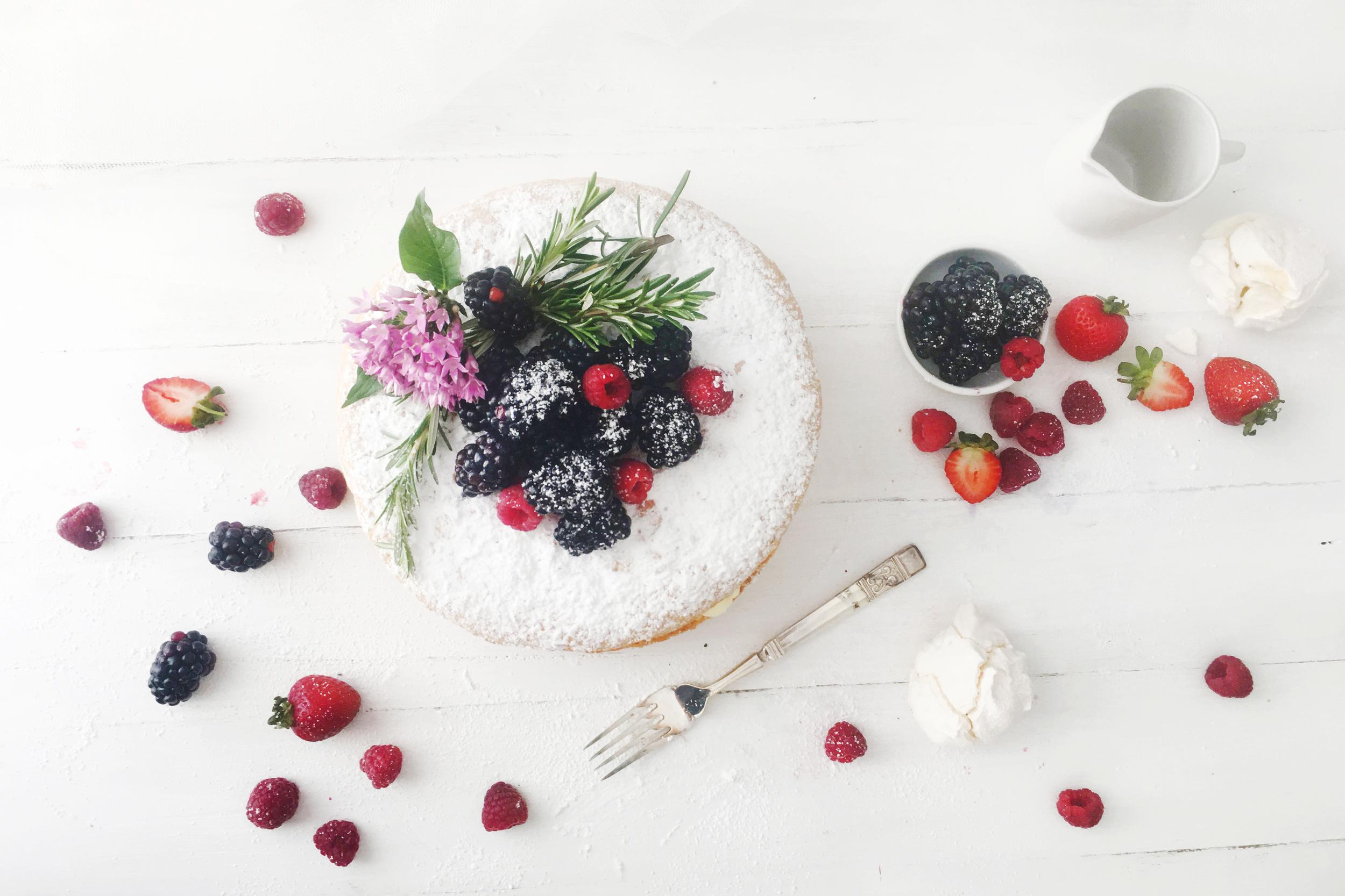Cake_web.jpg