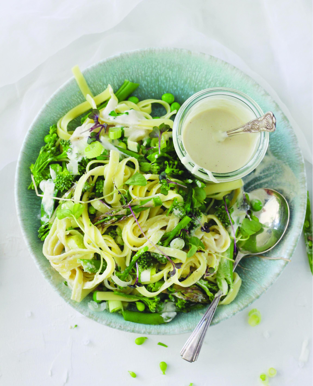 Green 'lemony' vegetable pasta_v1.jpg