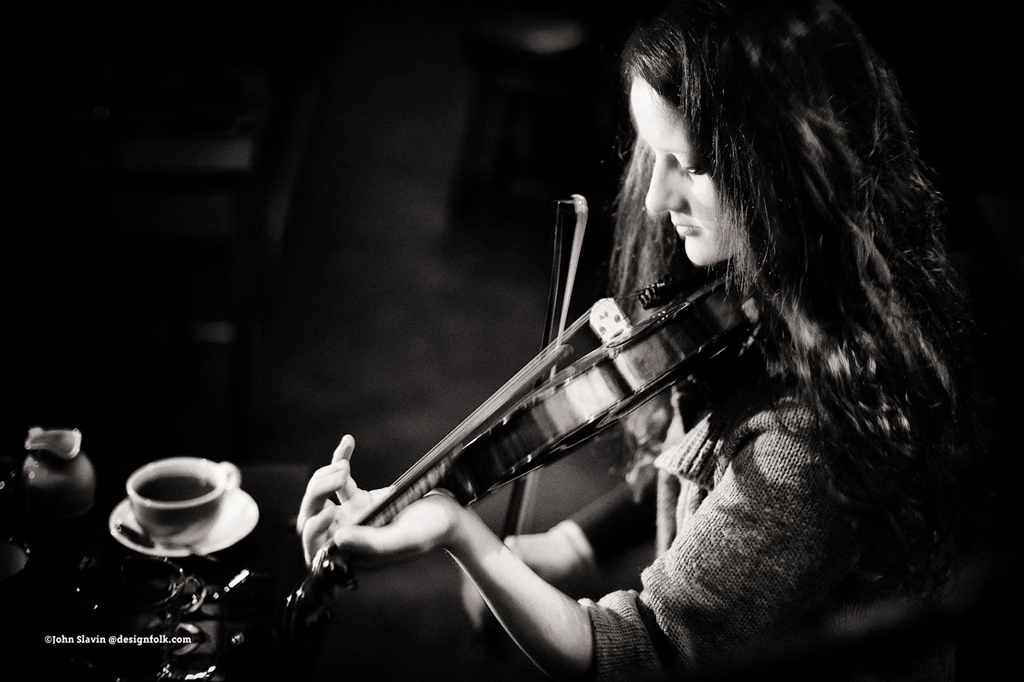 Mary MacGillivray at the Captain's Bar, Edinburgh, playing in the Monday night session with Ben Miller and Amy Dawson.