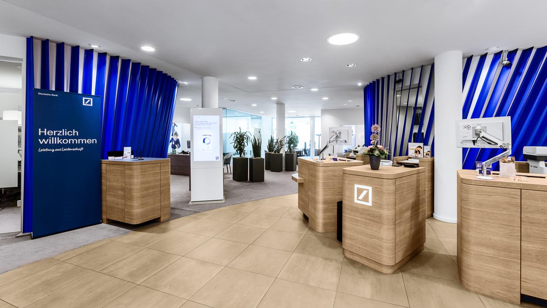 deutschebank-firmenportrait-raeumlichkeiten-1.jpg