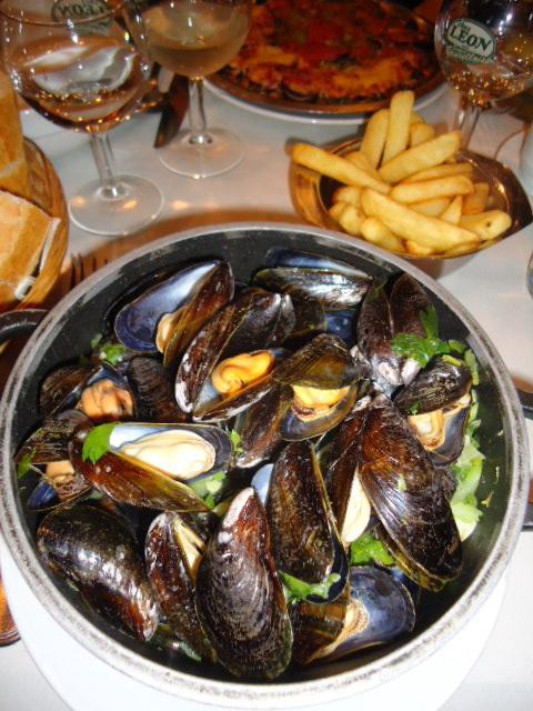 Mussels, Chez Leon