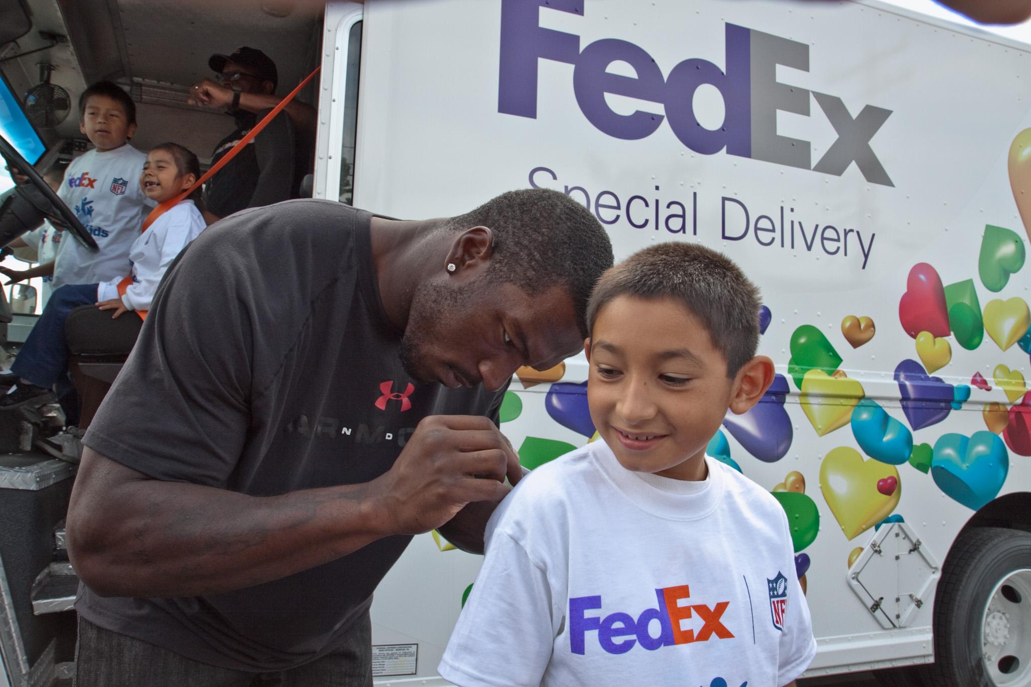 FedEx NFL  & Fair Oaks _MG_1743_MG_1743.jpg