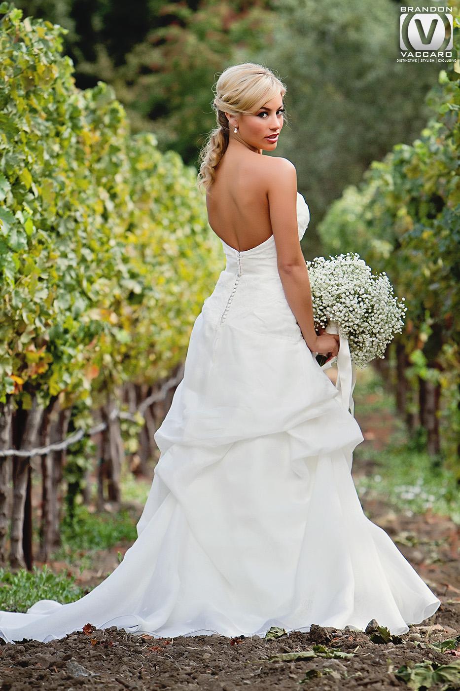 real-wedding-vintage-estate-yountville-bride.jpg