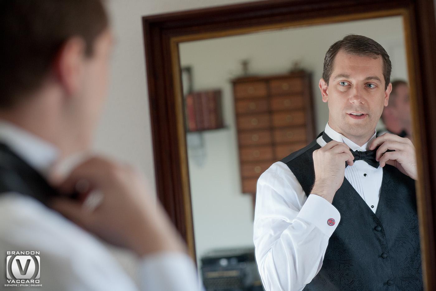 real-wedding-groom-geting-ready.jpg