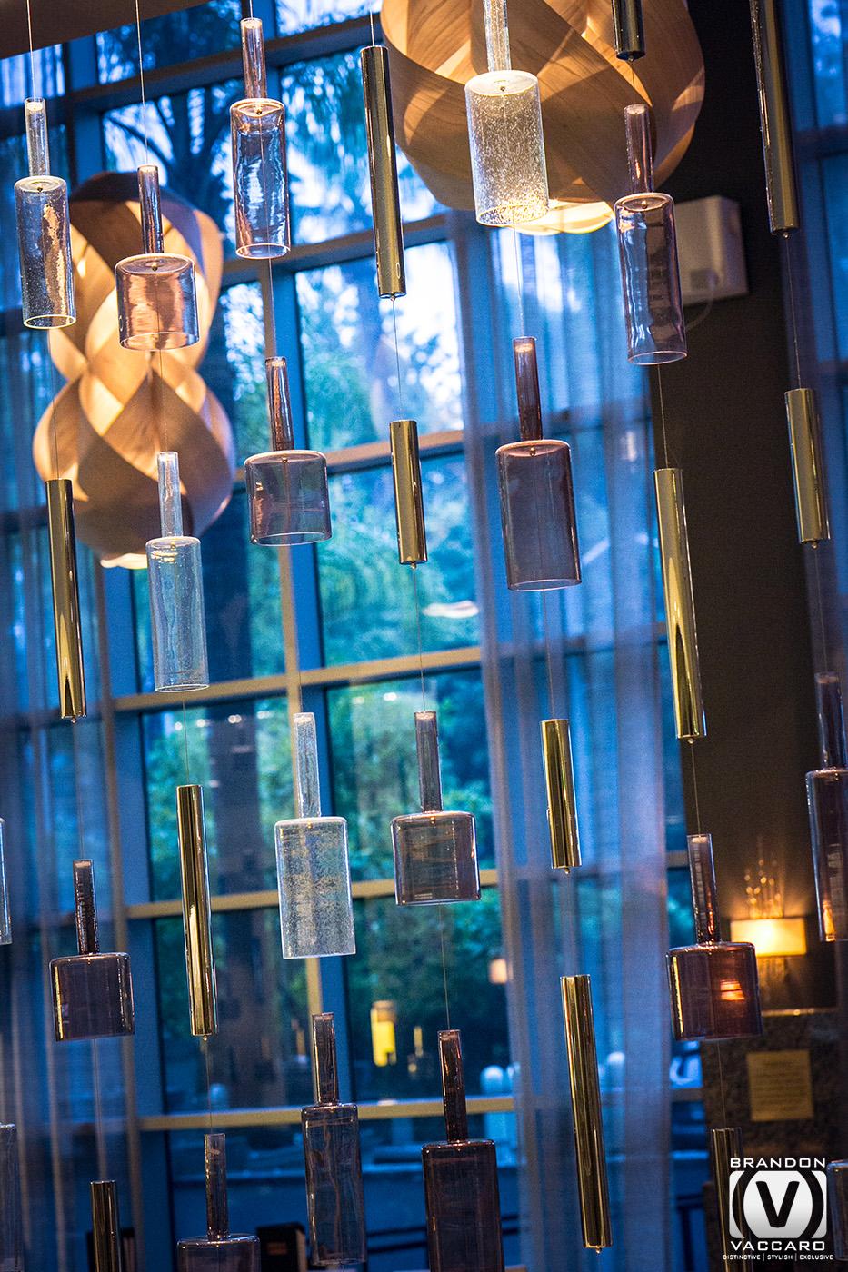 architexture-sacramento-marriot-hotel-bar-decor.jpg