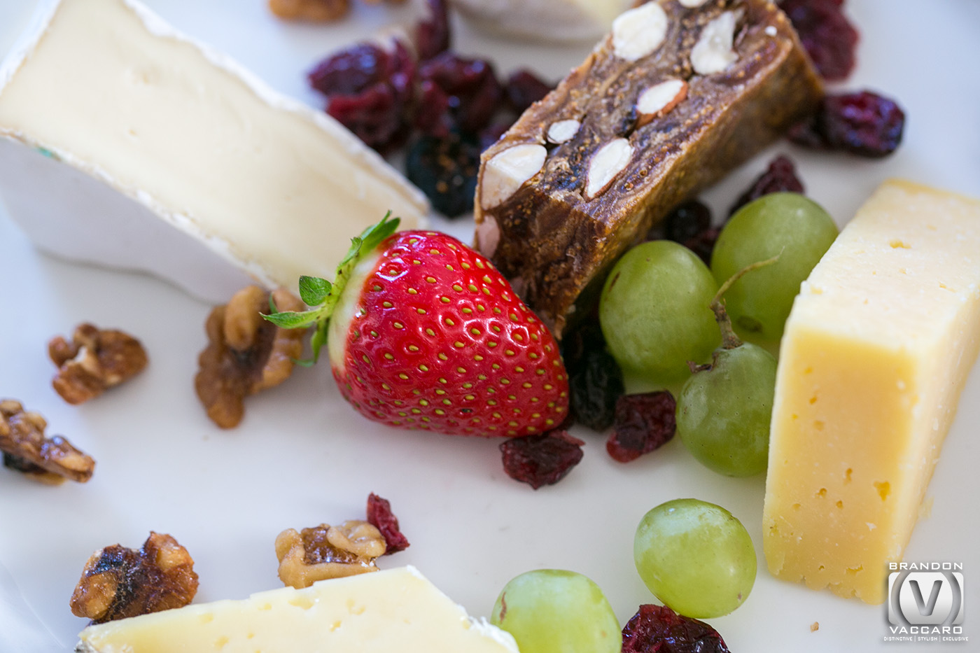 commercial-food-photography-cheese-nuts-strawberries-hotel-sofitel.jpg