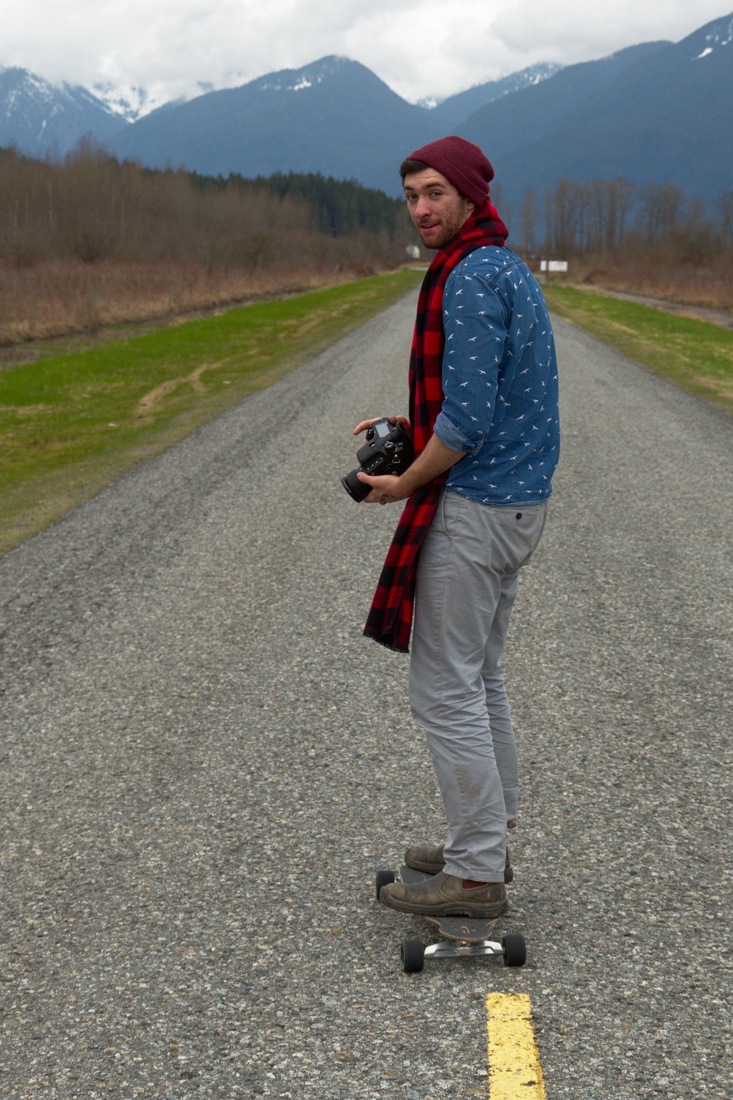 Testing the surface and realizing a few shots might be possible (Photo by  @owlfaceblog )