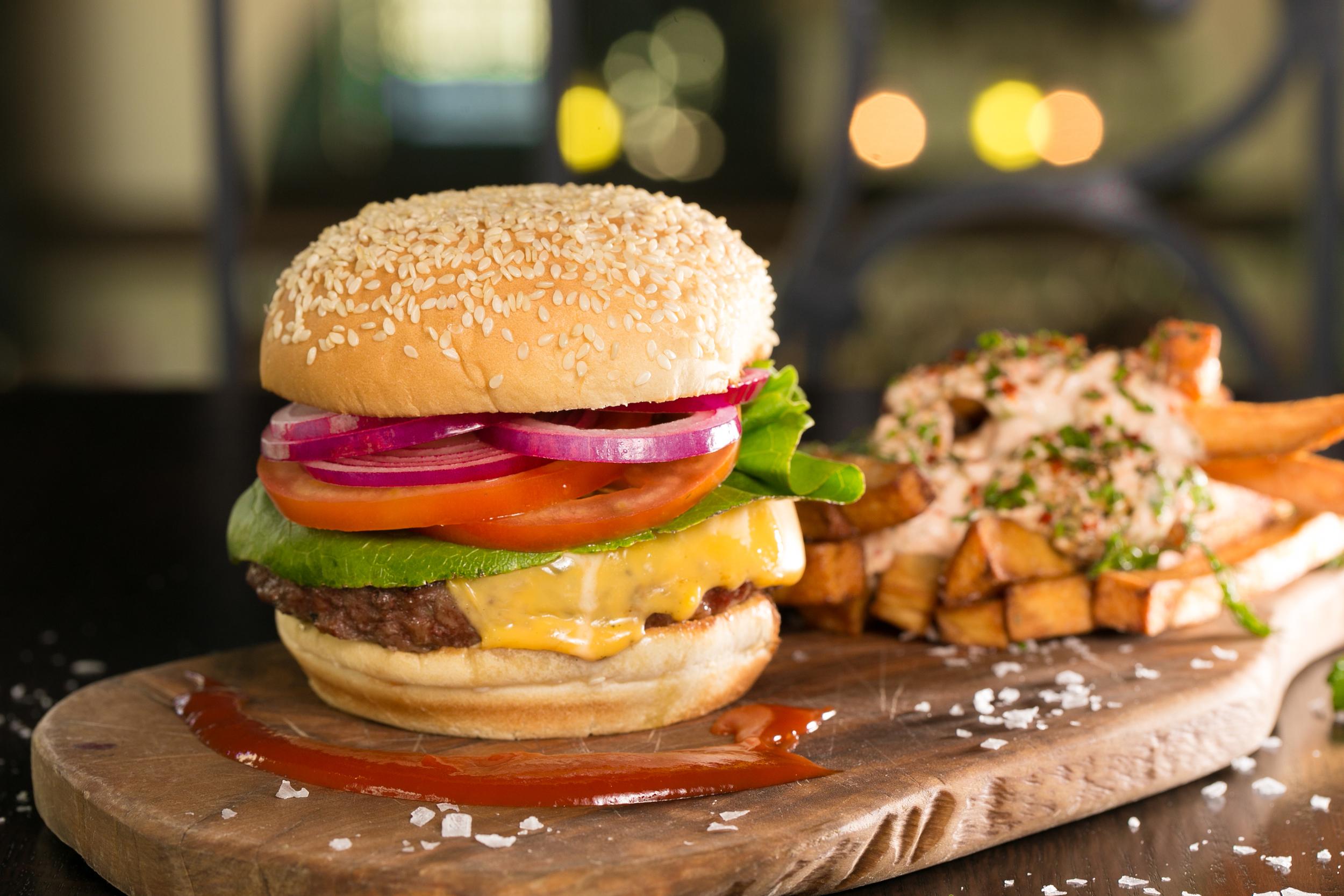 HMS_bifteki burger & fried greek potatoes-9261.JPG