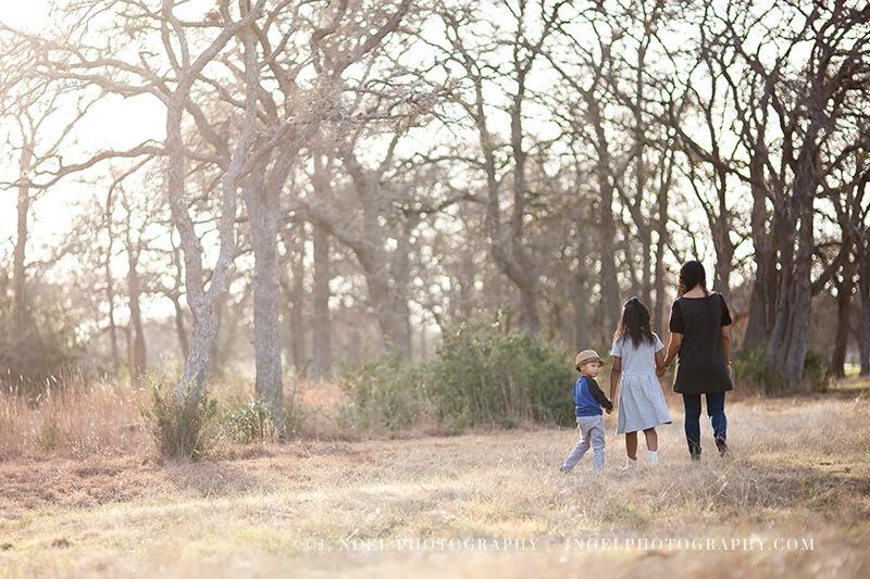 Austin TX Family Photographer 5.jpg