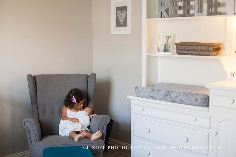 Austin lifestyle newborn photographer 14.jpg
