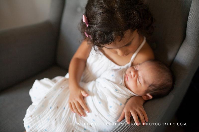 Austin lifestyle newborn photographer 15.jpg