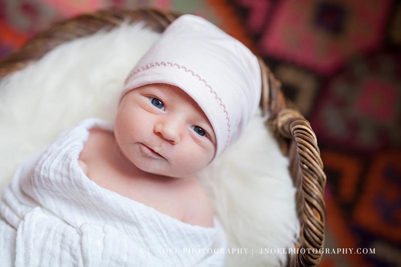 Austin lifestyle newborn 1.jpg