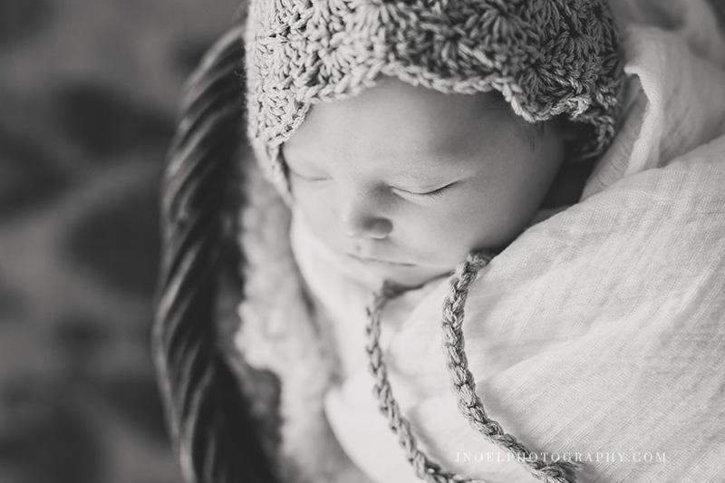 Austin TX Newborn Photographer 11.jpg