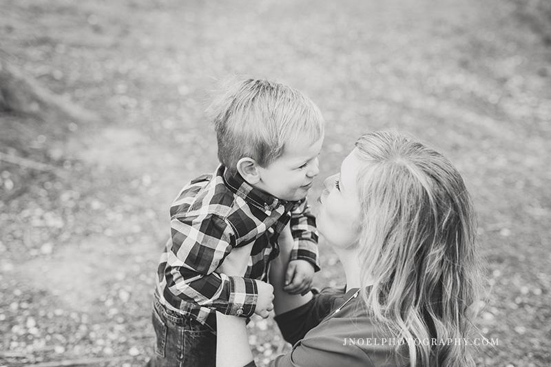 Family Photographer Austin TX 21.jpg