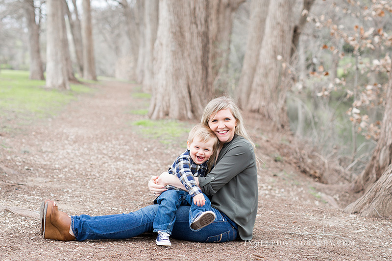 Family Photographer Austin TX 22.jpg