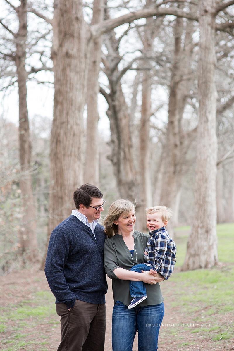 Family Photographer Austin TX 14.jpg