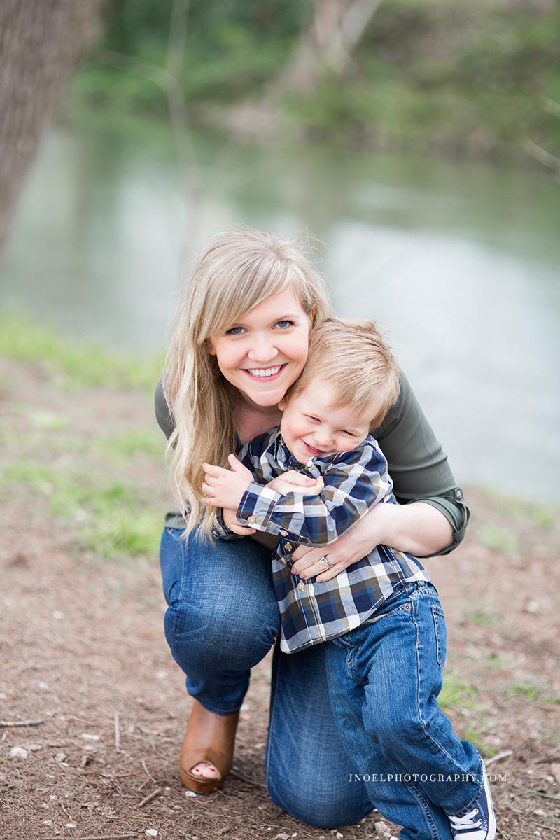 Family Photographer Austin TX 11.jpg