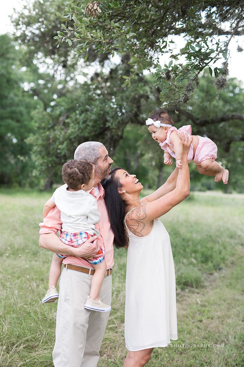 Family Photographer Austin Texas 1.jpg