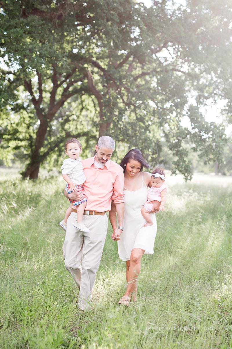 Family Photographer Austin Texas 8.jpg