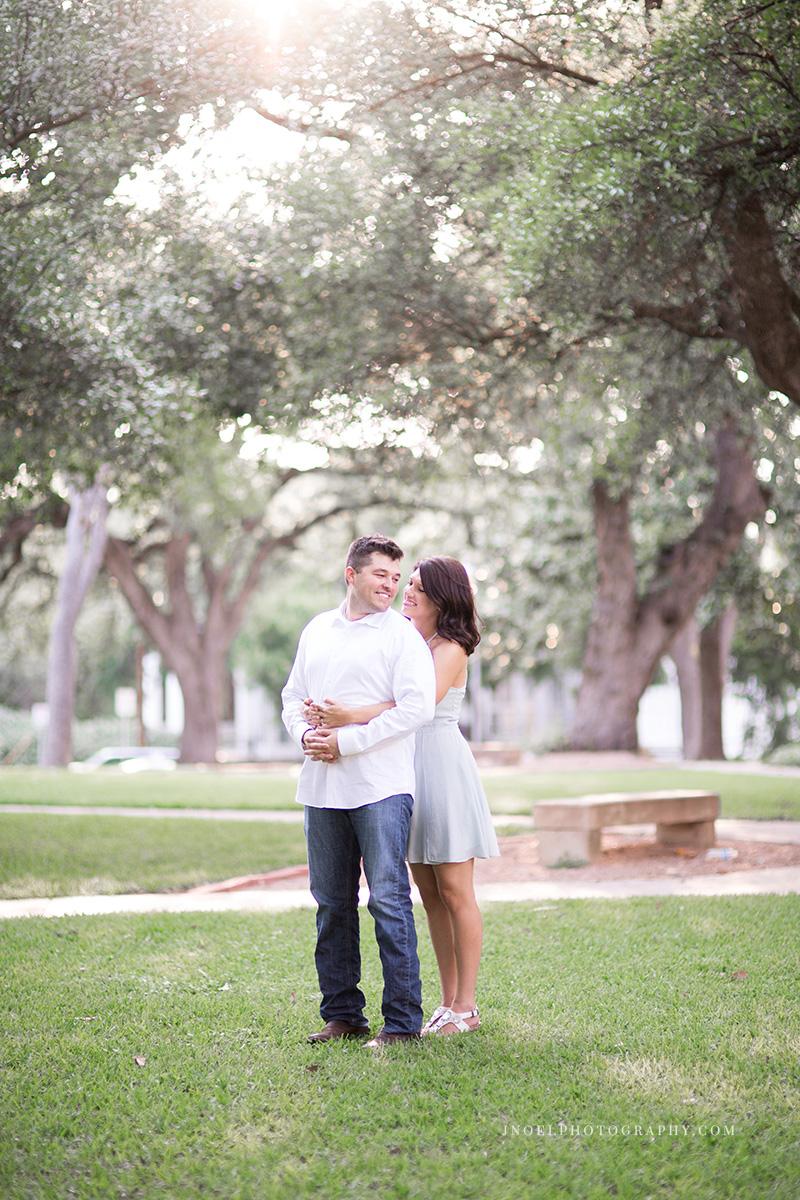 Austin TX Couples Photographer 12.jpg