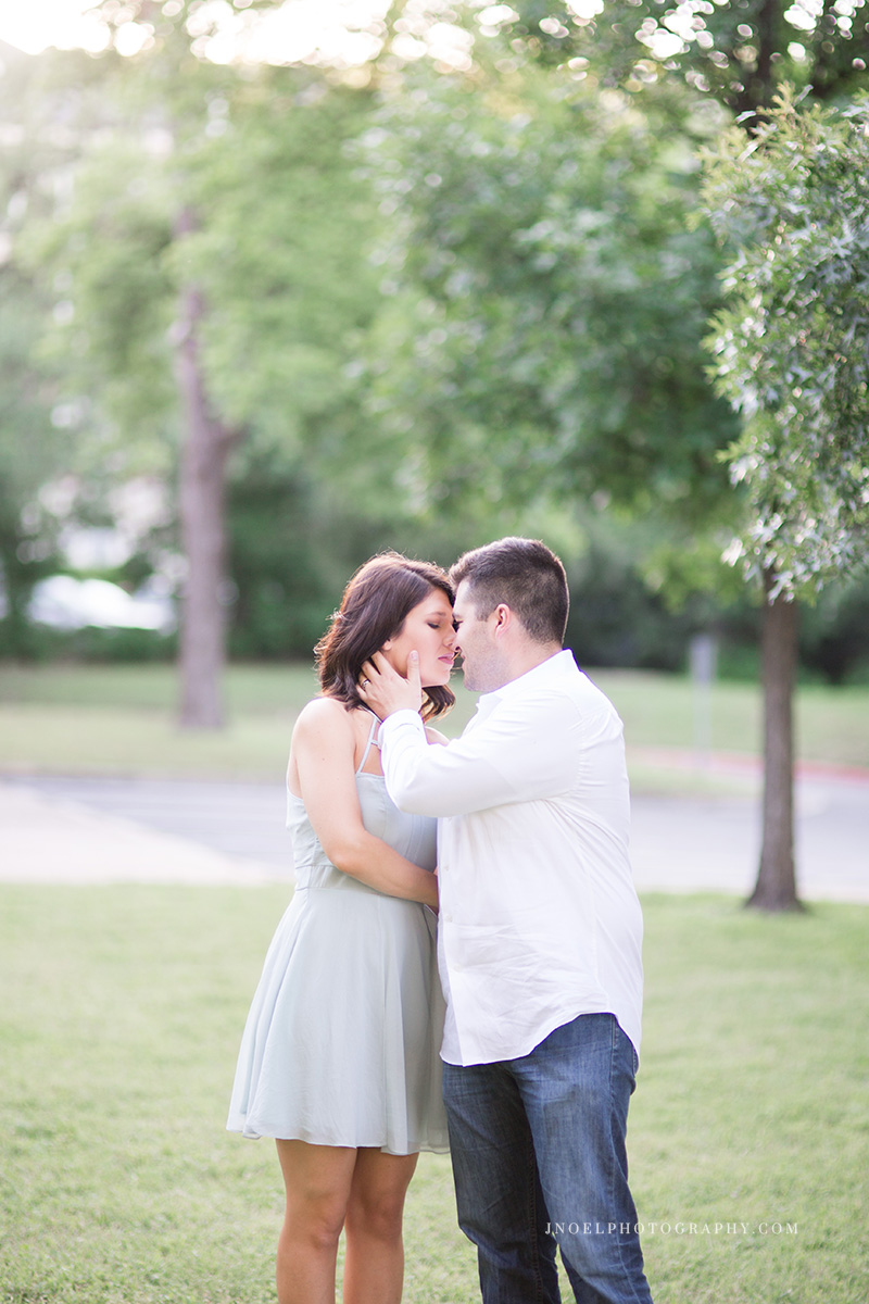 Austin TX Couples Photographer 17.jpg