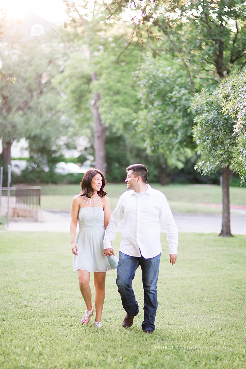 Austin TX Couples Photographer 19.jpg