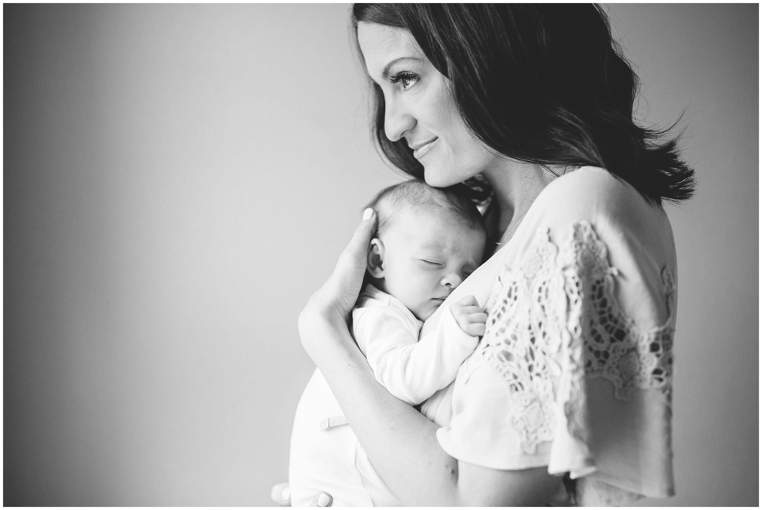 Austin Newborn Photographer20.jpg