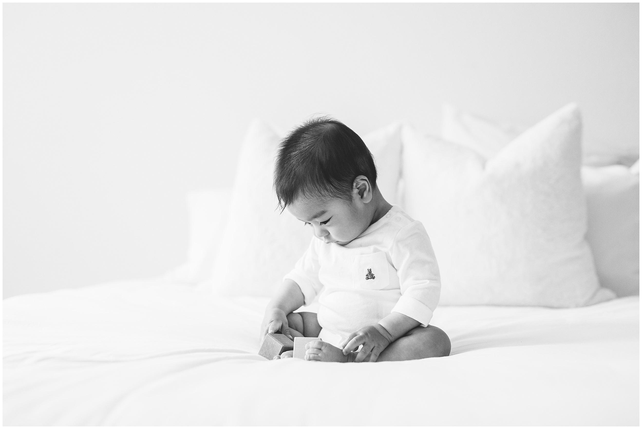 Austin Newborn Photographer24.jpg