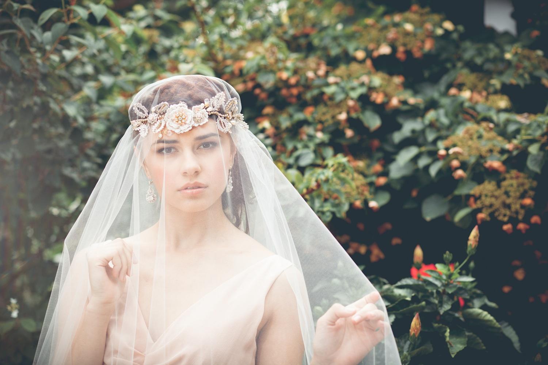 Aphrodite Rose Hair Vine & Acanthus Earrings