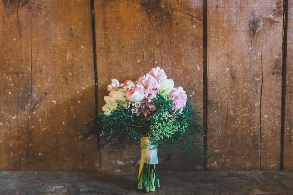 barn wedding pink bouquet